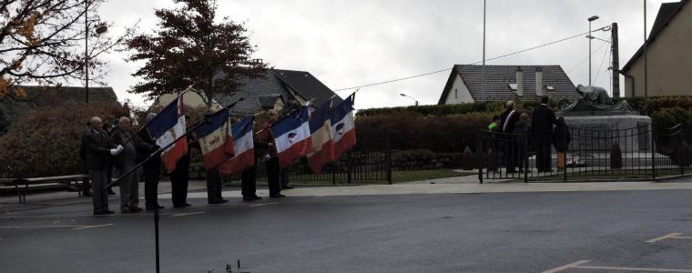 Les élèves rendent hommage aux victimes barrabandes de la Première guerre mondiale