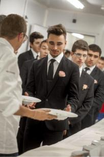 Cap commercialisation et services en hotel cafe restaurant com