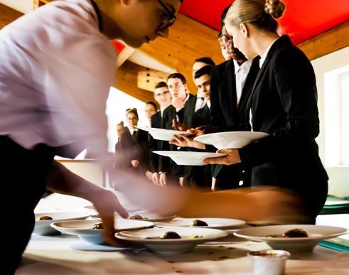 ces établissements donnent du sens aux enseignements proposés et valorisent le travail des jeunes en formation.
