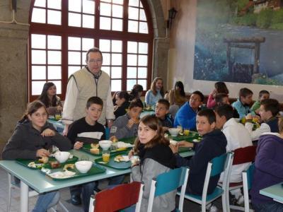 Petit dejeuner aucollege 5eme 2012 commpressee