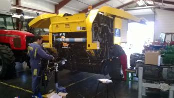 Presse new holland hugon juillet 2014