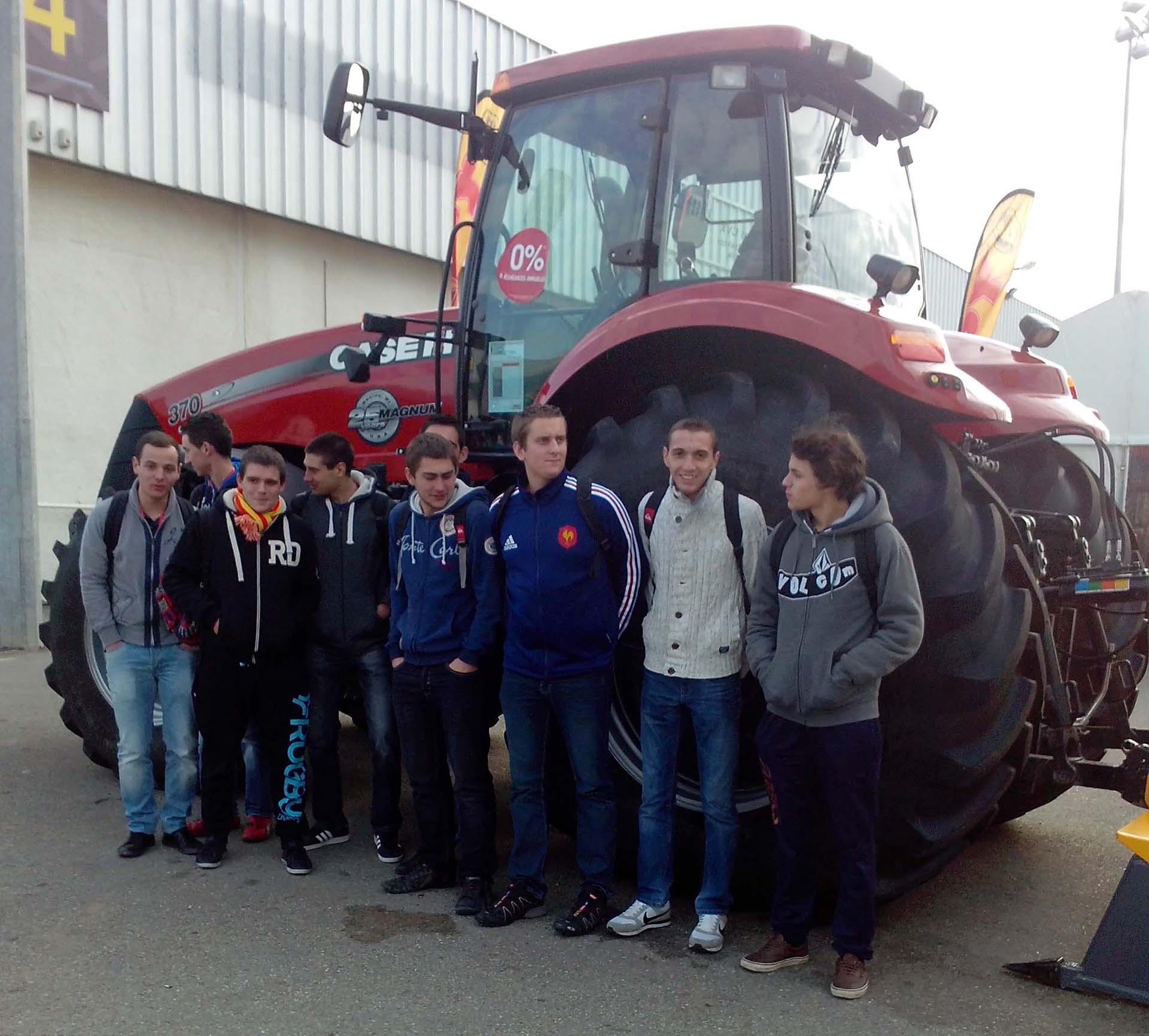 Les bts tsma techniques et services en mat riels agricoles au salon sitevi montpellier - Salon du materiel agricole ...